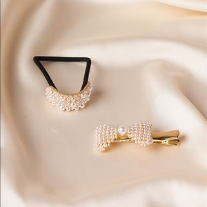 Accessories - Gold Pearled Ponytail With Pearl Barrette